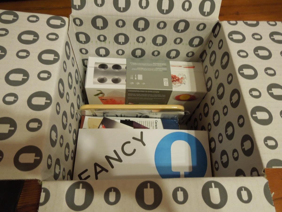 Jennifer Love Hewitt Fancy Box – October2013