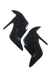 Bat Heels