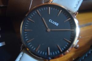 Watch Close