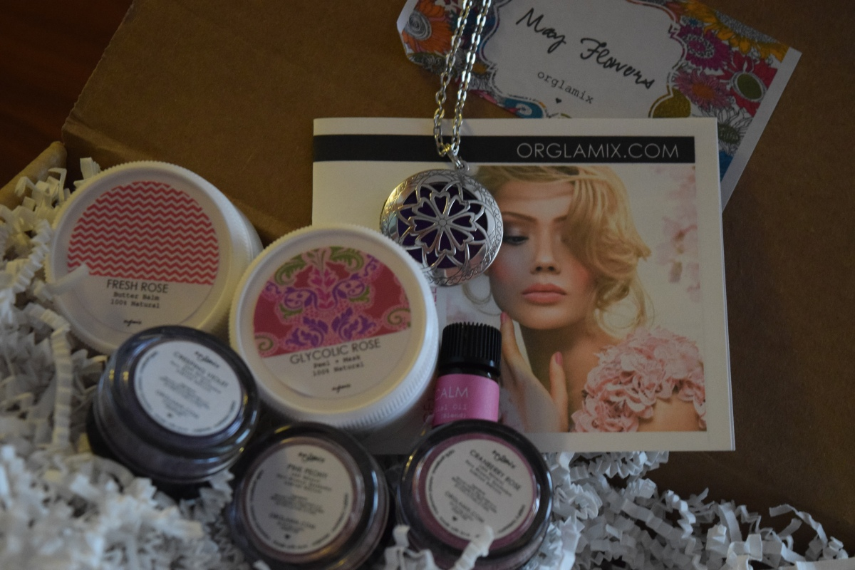 Orglamix Glam Box: May 2016 – Coupon Code & Giveaway!