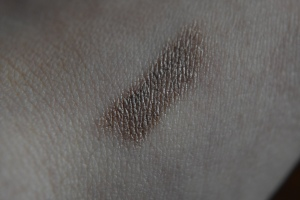 Mally Shadow Liner Swatch