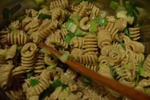 tossing-pasta