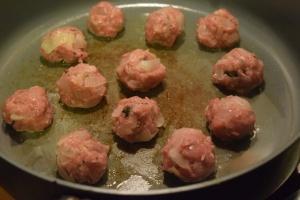 balls-cooking