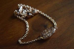bracelet-back