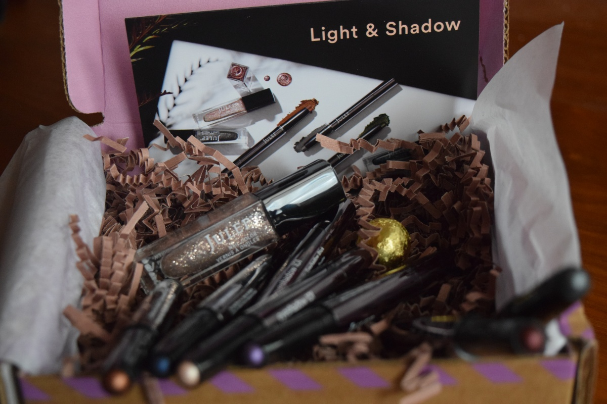 Julep Maven: November 2016: Light & Shadow!