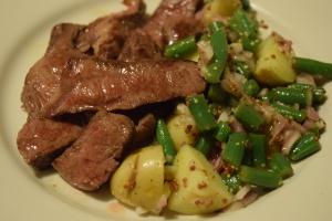 steak-potatoes-with-green-bean-vinaigrette