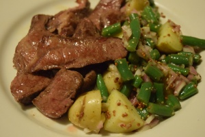 steak-potatoes-with-green-bean-vinaigrette