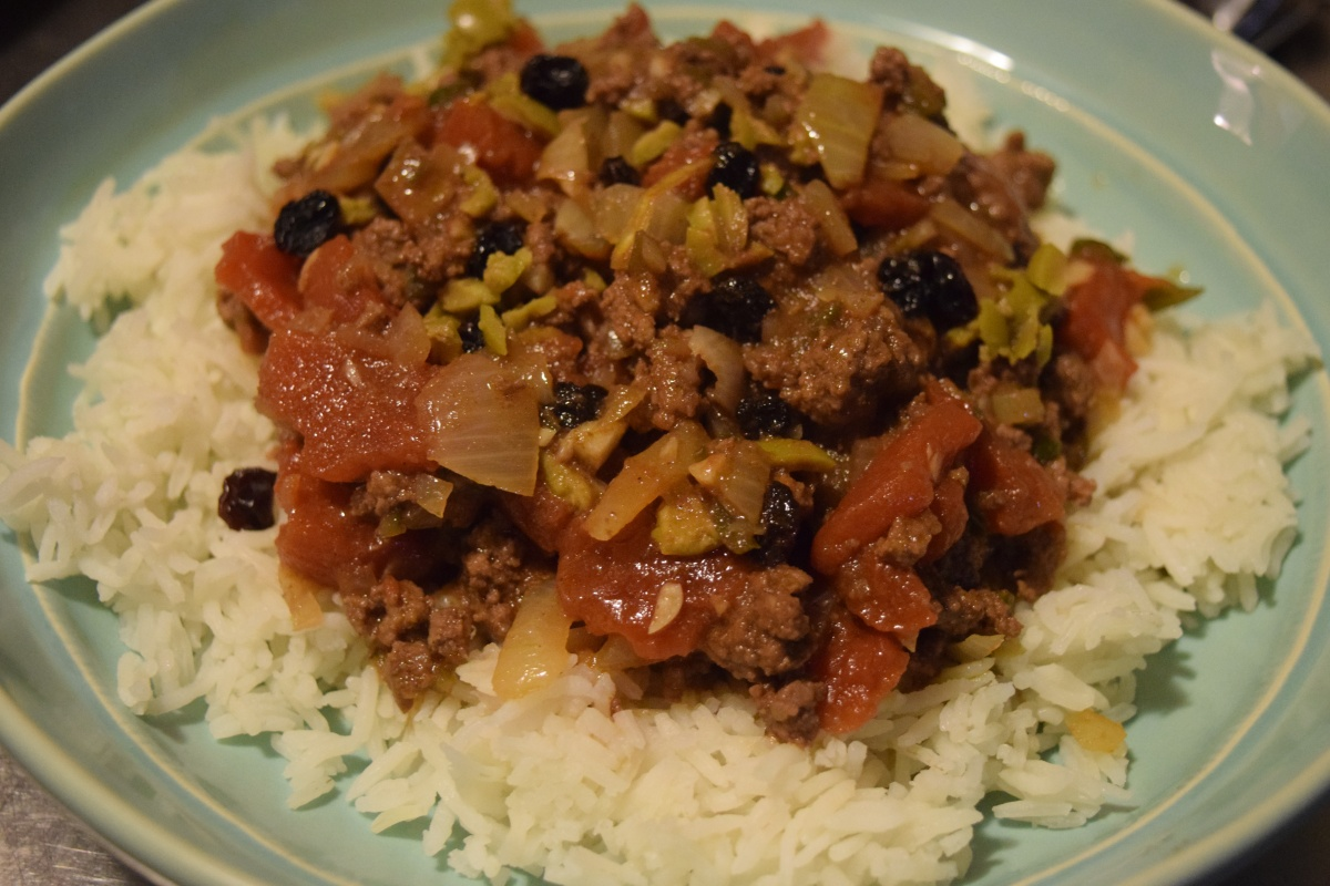 Marley Spoon: Picadillo-Style Chili with Olives & Currants + $30 Off